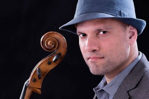 Oliver Mascarenhas, Solist Cello
