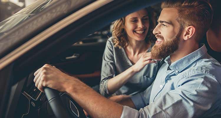 Tipp: Beim Autokauf Geld sparen!