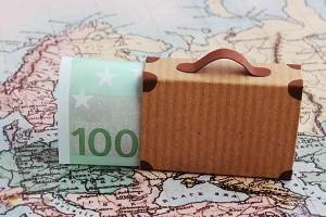 Sparen: Lieber reisen oder den Ruhestand sichern?